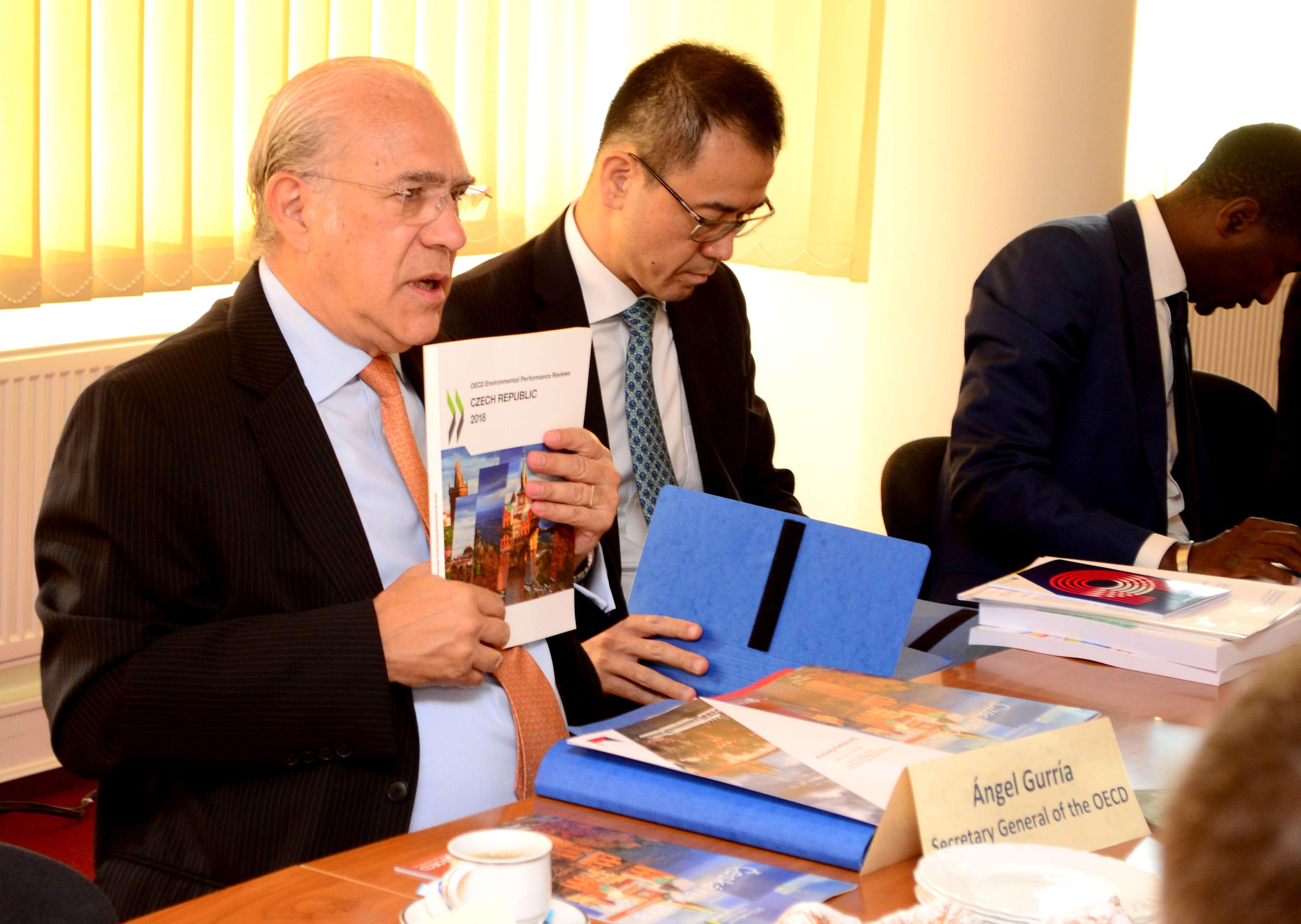 Generální tajemník OECD jednal na Svazu