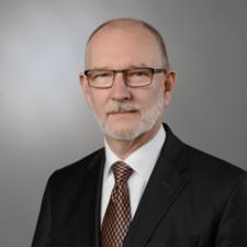 MUDr. Miroslav Palát, MBA